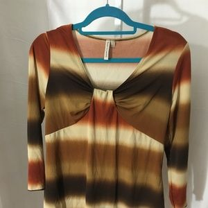 #349- Susan Graver multi color stretch blouse L